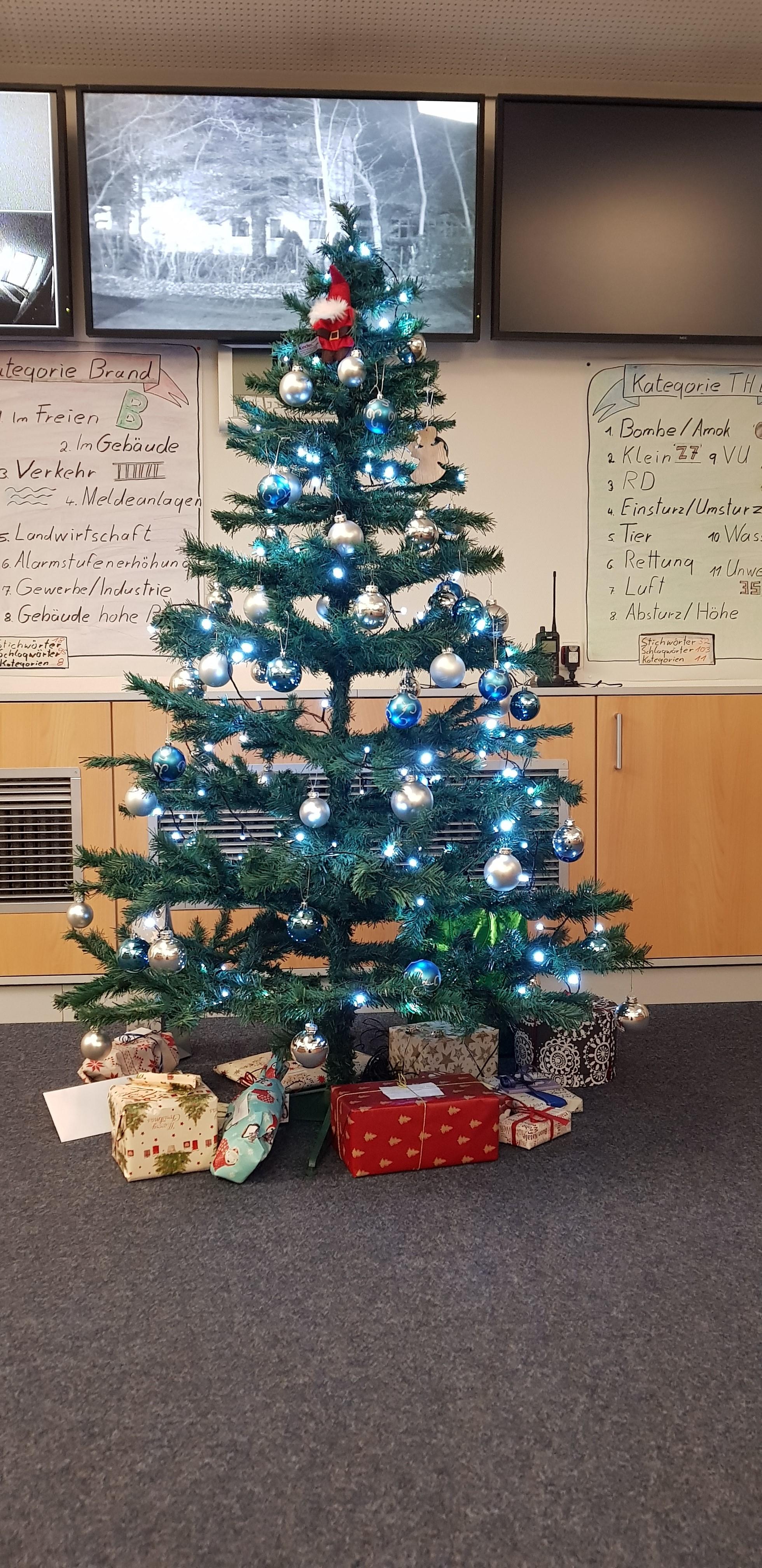 Weihnachtsbaum Explodiert.News Archiv Brk Rd